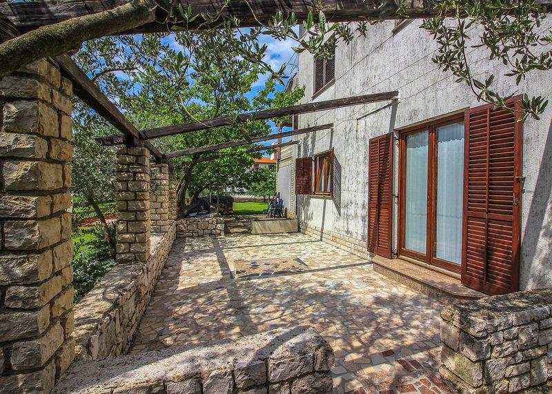 Katarina B4+2, holiday rental in Radmani