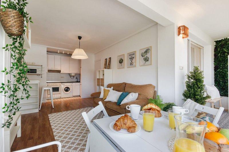 ARGIA apartment by PEOPLE RENTALS in Bakio - Living room
