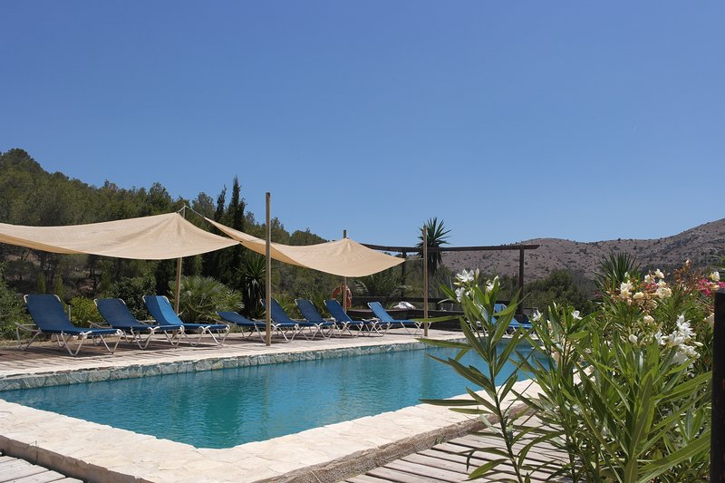 Big villa with swimming-pool, vacation rental in Polop