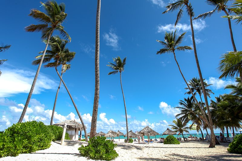 Corales Colonial Beach A6, holiday rental in Bavaro