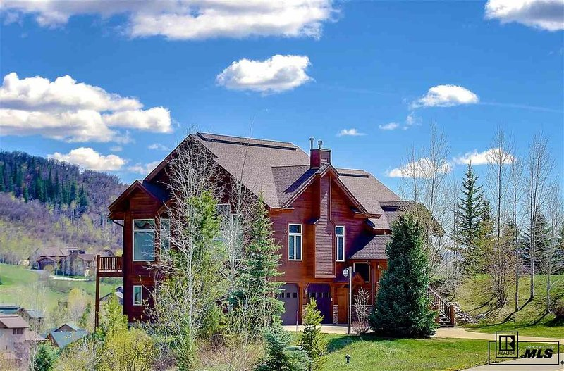 An amazing family getaway close to everything Steamboat has to offer.