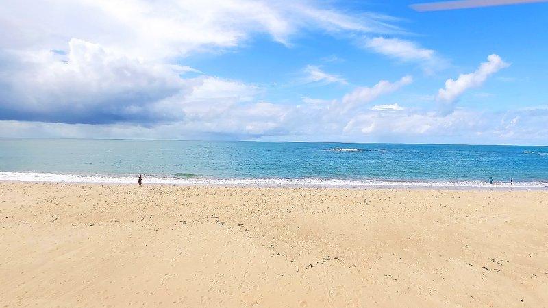 Village 3 suítes - Itacimirim - Pé na Areia à 5Km de Praia do Forte, location de vacances à Jenipabu
