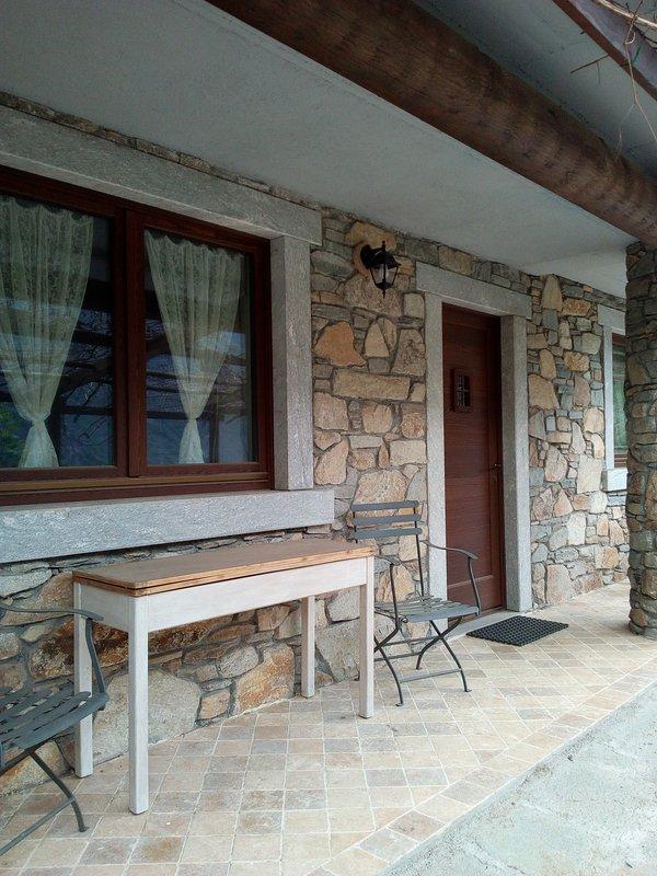 casa indipendente, location de vacances à Champdepraz