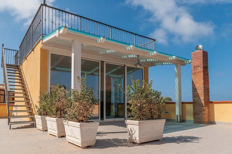 Casa indipendente con vista mare, location de vacances à Trabia