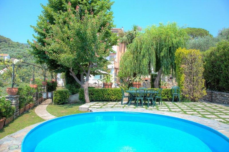 Casa Del Sole - San Bartolomeo Al Mare - Casa Del Sole, holiday rental in Pairola