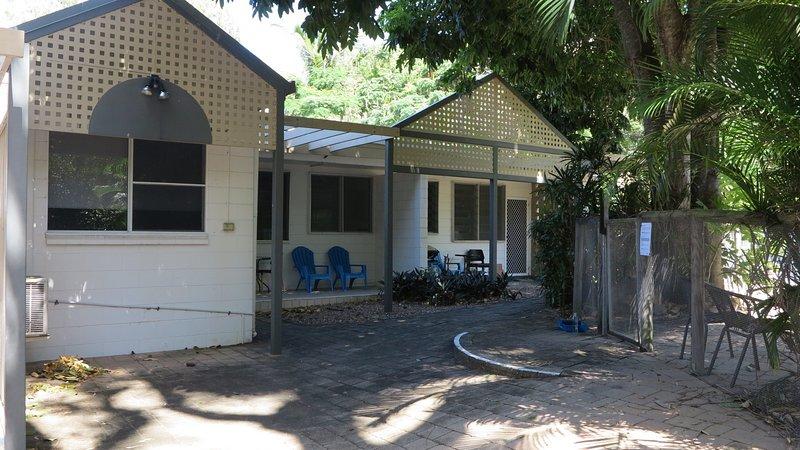Loyang Apartments  Unit 2, alquiler vacacional en Isla Magnetic