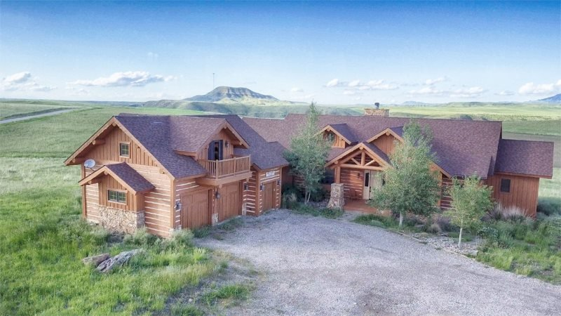 Sweetgrass Ranch, holiday rental in Belt