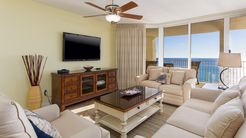 It's beach views galore from this breathtaking vacation condo - Introducing Long Beach Resort 1206!