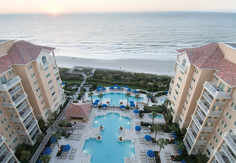 Marriott's OceanWatch at Grande Dunes OCEANFRONT 4th of July Week Sat to Sat, holiday rental in Myrtle Beach