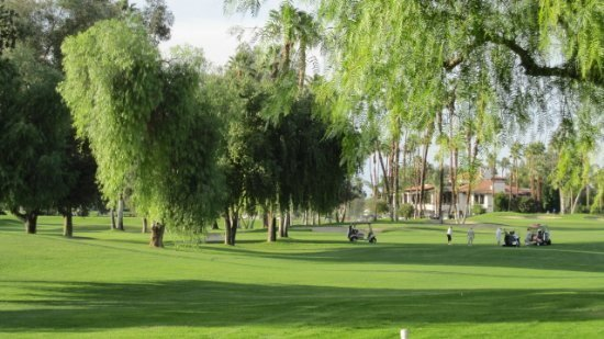 GV345 - Monterey Country Club - 2 BDRM + DEN, 2 BA, vacation rental in Palm Desert