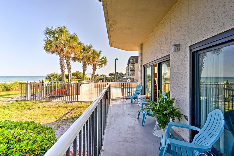 Live the beach life at this vacation rental condo in Myrtle Beach!