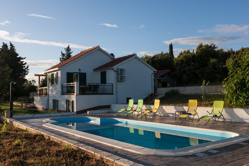 Villa Tonka, vacation rental in Nerezisca