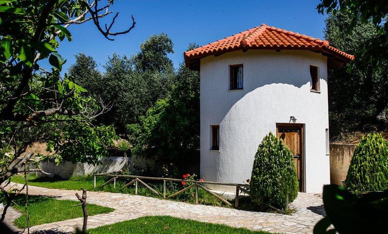 Kefalonian Oneira Villas - The Mill, aluguéis de temporada em Trapezaki