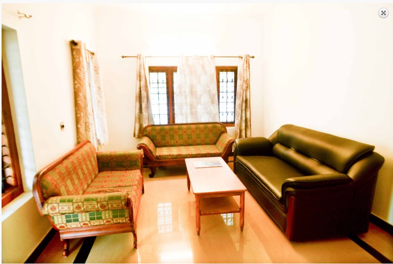 Waynroots - Wooden Villa room 2, holiday rental in Muthanga
