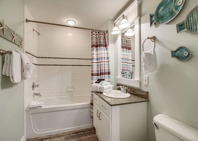 Shower/Bathtub combo