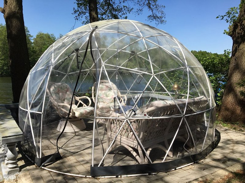 Igloozelt for cold and wet weather. igloo tent for coold and wet weather