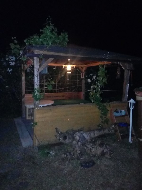 confortable pavillon de jardin