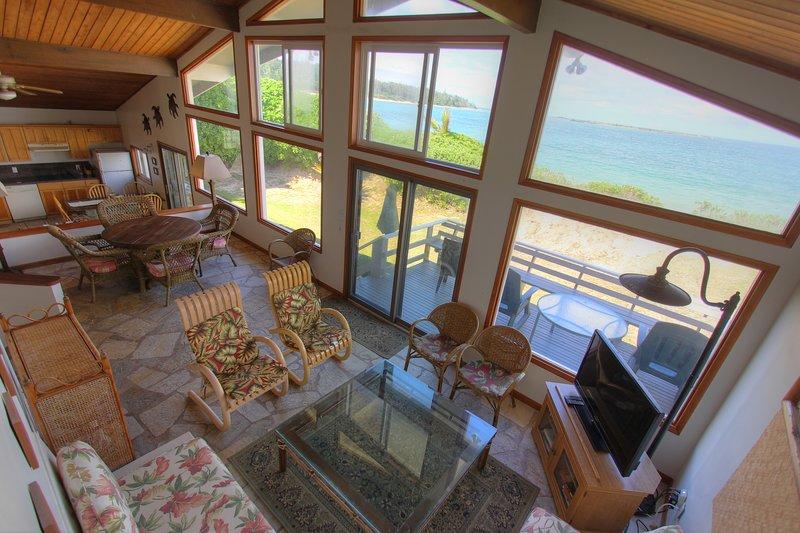 Wohnzimmer und Blick vom Naupaka Loft