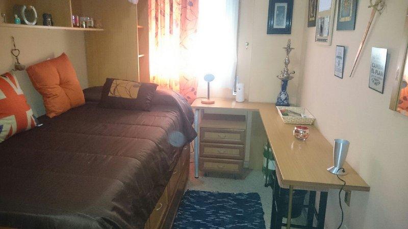 La habitación de Lola, holiday rental in Los Palacios y Villafranca