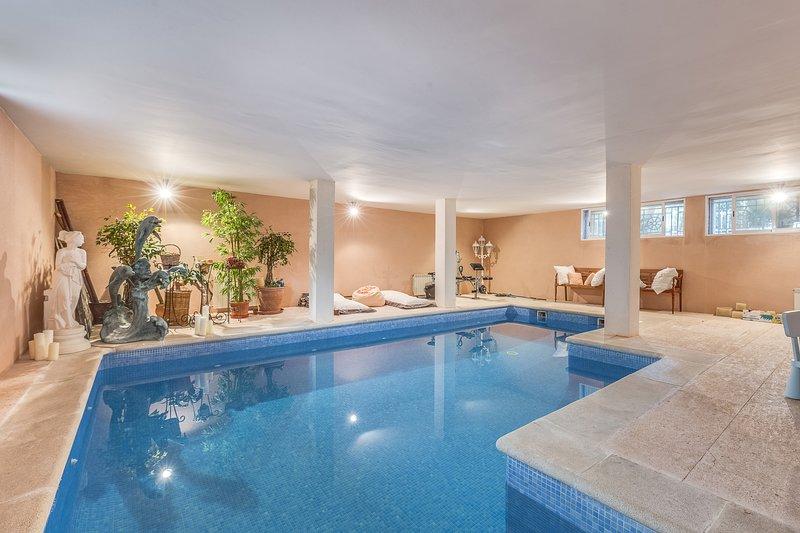 Bonita villa frente playa Alcudia, piscina interio, casa vacanza a Playa de Muro