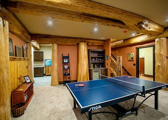 paradise on cliffledge 10 private acres 4995 sq ft log home w rh tripadvisor com