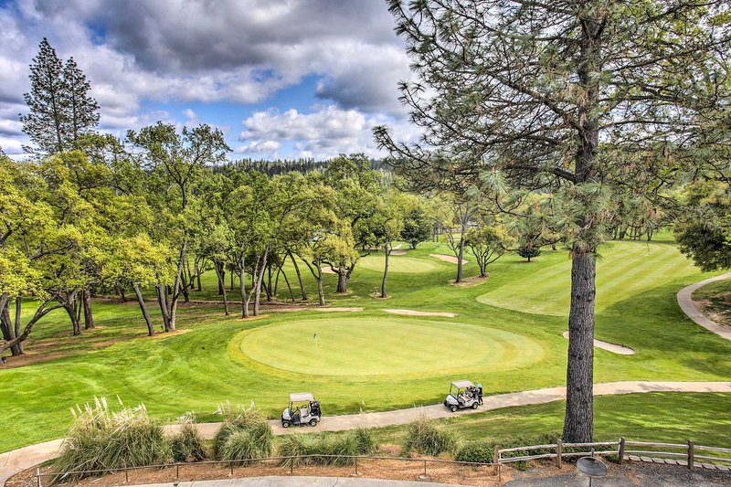 For the golf lovers of the group, there's the Mother Lode Golf Course!