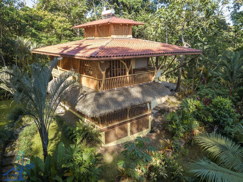 FRONT & Canopy House with the most memorizing view! Has Internet Access and ...