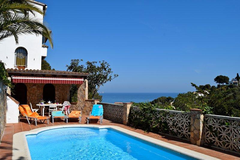 Beachside villa with sea view, pool, Air conditioning - SA PUNTA COSTA BRAVA