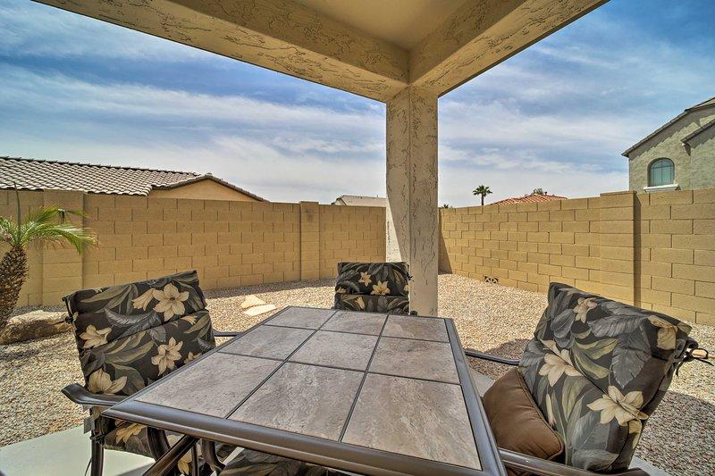 NEW! Mesa Home w/ Neighborhood Pool Access! Has Internet