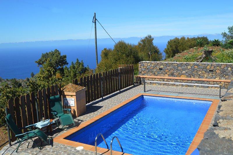 Charming Country house Garafía, La Palma, holiday rental in Santo Domingo