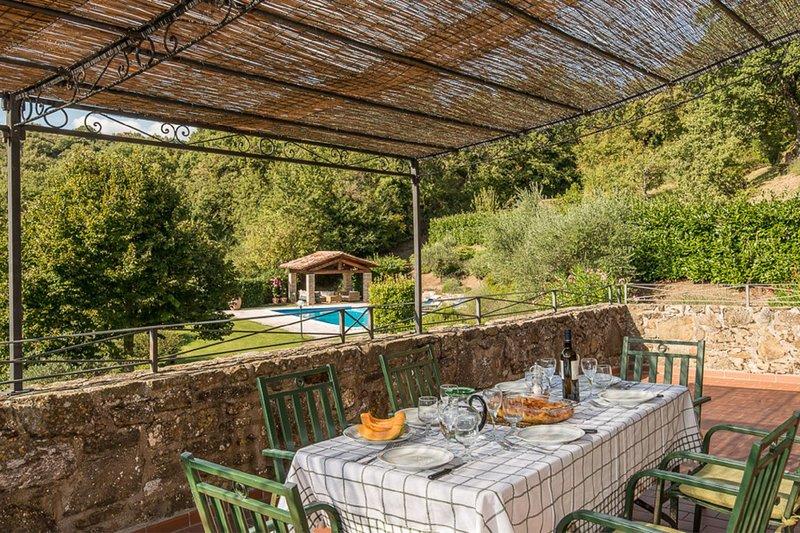 Corgna Villa Sleeps 10 with Pool - 5626352, vacation rental in Lisciano Niccone