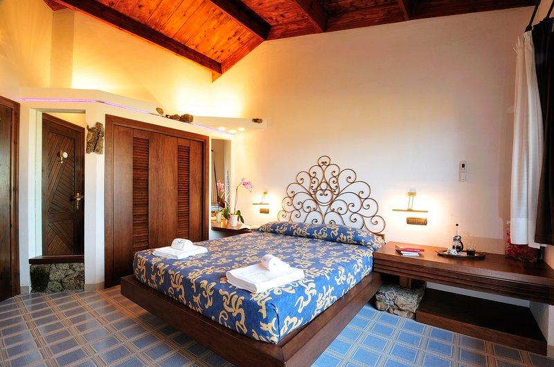 CREATIVE DESIGN – L'Ea di Lavru Residence - Apt 5, vacation rental in Porto Rafael