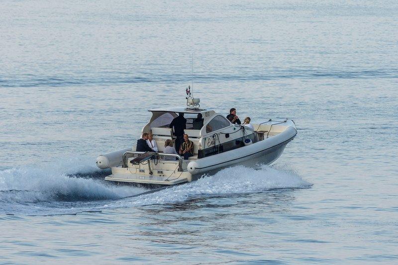 rentboatsplit