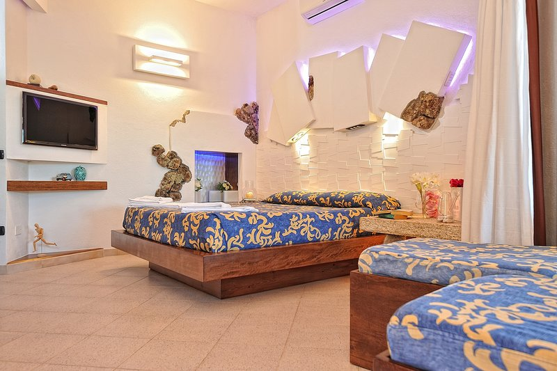 1 camas dobles + 2 camas plegables (sólo es adecuado para los niños)