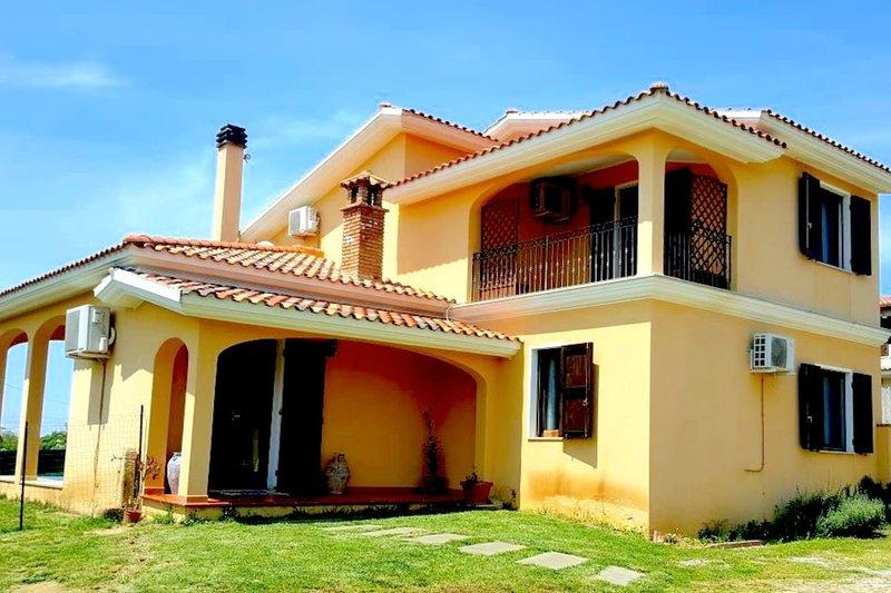 Villa Smeralda Porto Pino, casa vacanza a Villarios