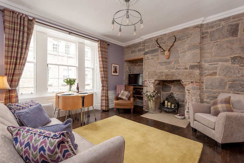 Rose Apartment - Rose Street., Ferienwohnung in Edinburgh
