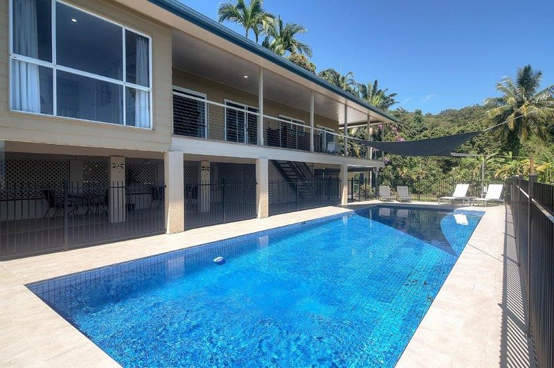 Island Views, vacation rental in Whyanbeel