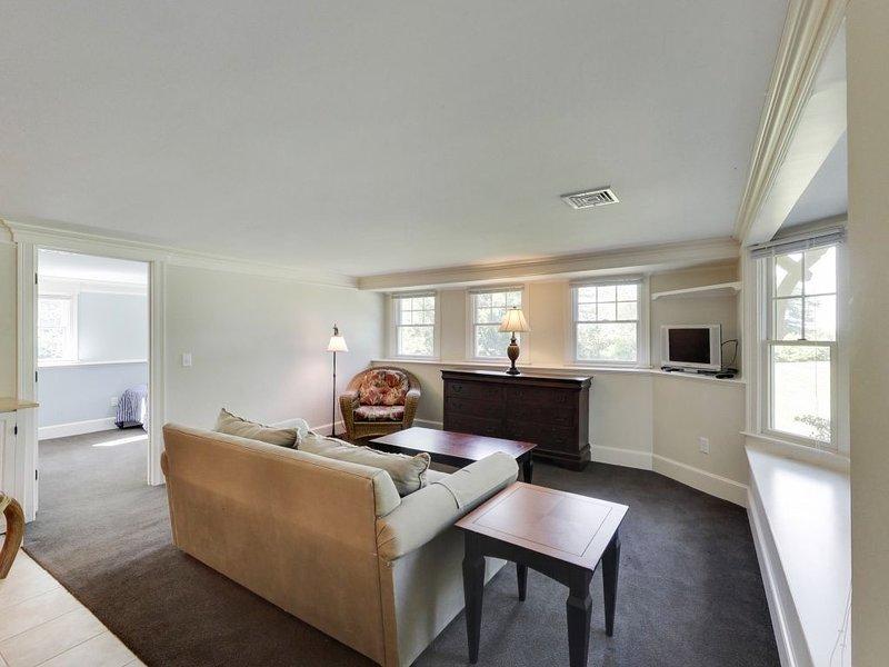 Apartamento de nivel inferior en la casa principal (acceso privado)