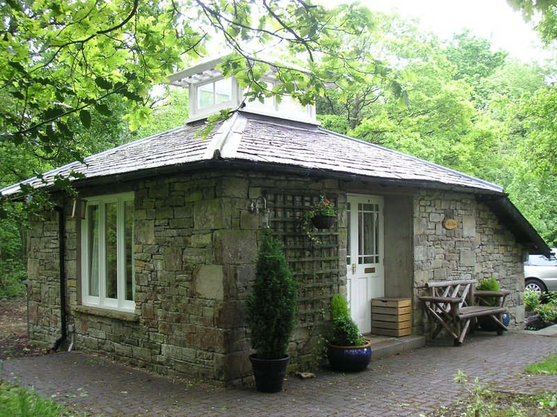 Rose Cottage, Meathop, holiday rental in Low Newton