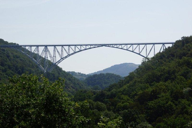 Viaducto de Viaur Tanus 15 kilometros obra de Paul Joseph Bodin 1902