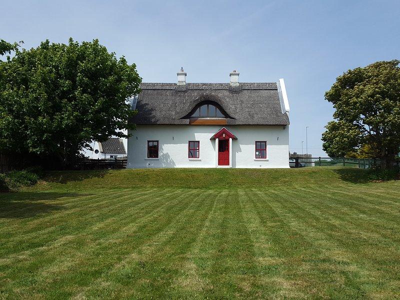 Cottage avec jardin clos pelouse