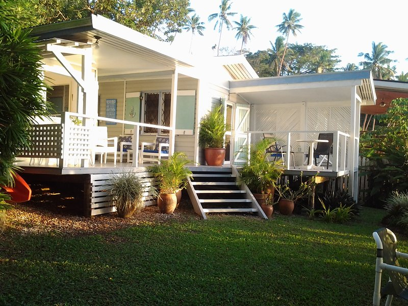 Bayside Bure.....beachy living at a peachy price!!, holiday rental in Fiji
