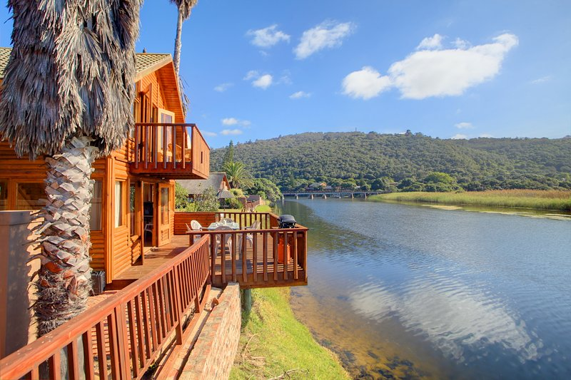 Self Catering Log Cabin on the Garden Route Wilderness Western Cape Touwsriver, casa vacanza a Wilderness