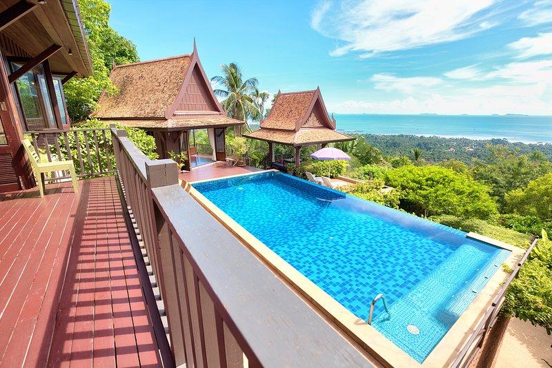 Villa Thai Teak - 2 Bed, Sleeps 4 Amazing Sunsets, vakantiewoning in Ang Thong