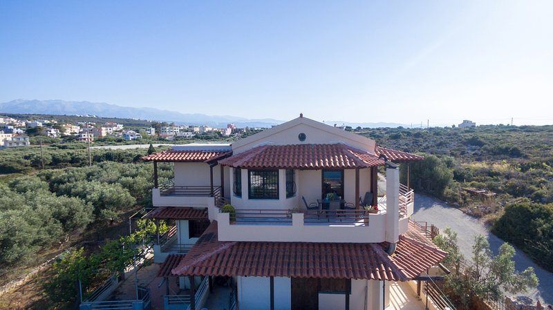 2bedroom villa with breathtaking view, vacation rental in Kounoupidiana