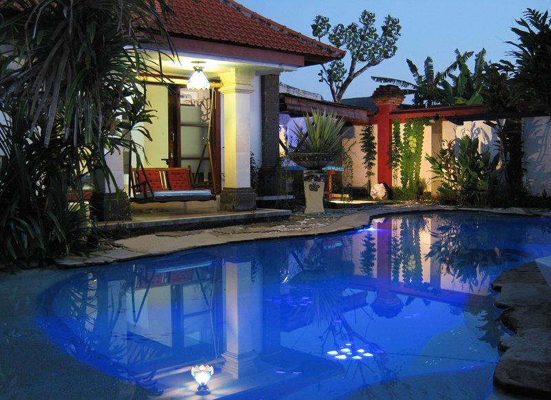 Villa Shantitara Ariel bungalow, holiday rental in Sanur