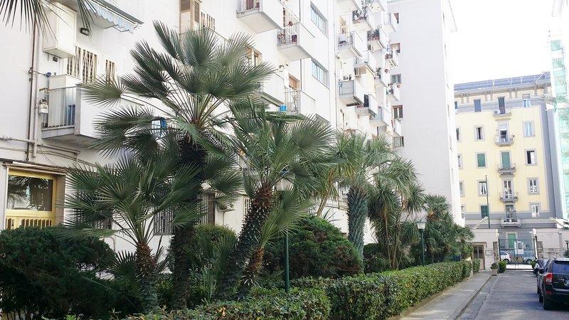 CASA STEFY NEL CUORE DEL VOMERO, vacation rental in Torre Caracciolo