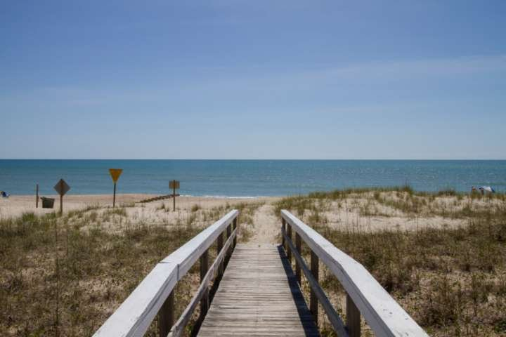 Steps away from the beach! Walk down the private dock and feel the sand between your toes.