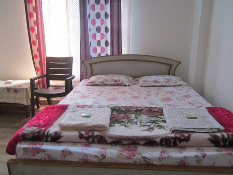 Homestaytion - Bedroom 3, holiday rental in Golaghat District