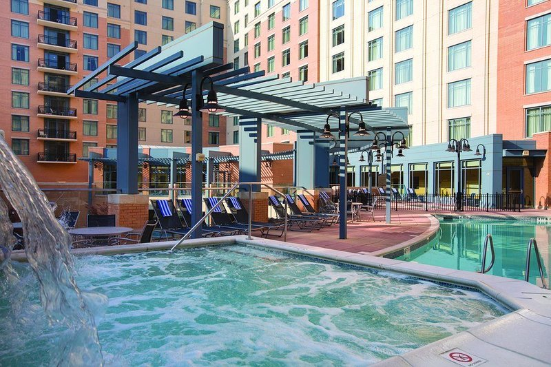 National Harbor-Close to Gaylord Convention Center, MGM,  DC-Great Deal!, vacation rental in Suitland